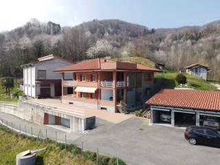 Foto - Villa plurifamiliare Case Monsignore, Rocca Canavese