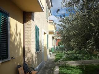 Foto - Trilocale Strada Provinciale Feltresca, Borgo Massano, Montecalvo in Foglia