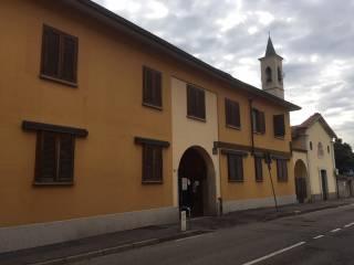 Foto - Bilocale via Roma 19, Mantegazza, Vanzago