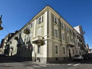 Foto - Trilocale via Vincenzo Gioberti, Centro, Vercelli