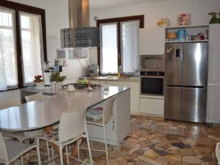 Foto - Villa bifamiliare via San Pietro 28, Marchirolo
