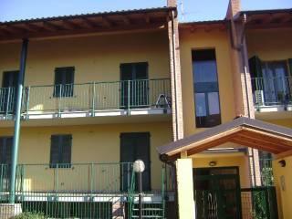 Foto - Trilocale via Roma, Centro, Trivolzio
