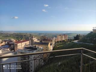 Foto - Appartamento via Piersanti Mattarella 19, Favara