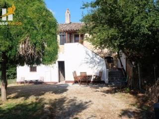 Foto - Villa unifamiliare, buono stato, 174 mq, Centro, Serra de' Conti