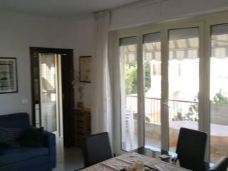 Foto - Quadrilocale via Po 2A, Centro, Giulianova
