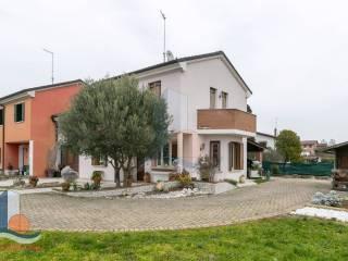 Foto - Villa a schiera via Giannino Ancillotto, Eraclea