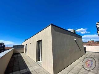 Photo - 4-room flat via Enrico Toti, Centro, Carugo