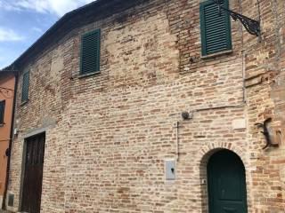 Foto - Terratetto unifamiliare via Santa Maria 12, Centro, Castignano