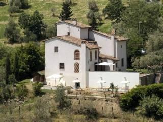 Foto - Rustico, ottimo stato, 300 mq, Centro, Carmignano