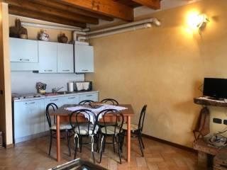 Foto - Villa a schiera via Santuario del Frassino, Oneta