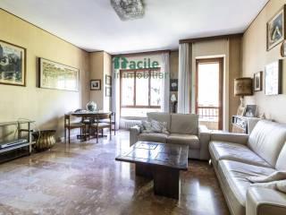 Foto - Quadrilocale via Valsugana 6, Lodi - Brenta, Milano