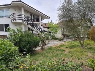 Foto - Quadrilocale via Villa 21, Montaldo, Cerrina Monferrato