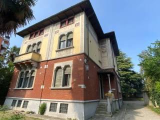 Foto - Villa unifamiliare via Giuseppe Garibaldi 110, Desio
