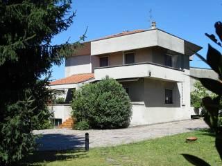 Foto - Villa unifamiliare via Milano, Meda