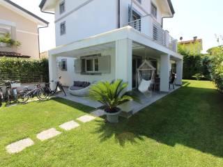 Foto - Villa unifamiliare via Pardini, Cinquale, Montignoso
