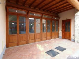 Foto - Open space piazza dei Portici 3, Fontane Zurane Gresine, Provaglio d'Iseo