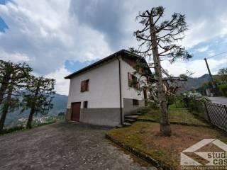 Foto - Villa unifamiliare via Pagliaro 29, Laxolo, Val Brembilla