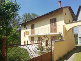 Foto - Villa unifamiliare via Giuseppe Garibaldi 74, Centro, Piozzo