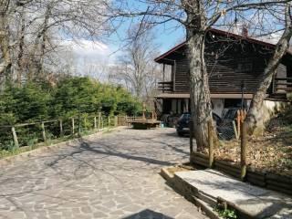Foto - Villa unifamiliare via del Lago 14, Madonna Dei Fornelli, San Benedetto Val di Sambro