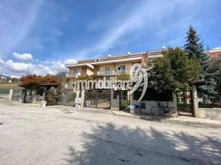 Foto - Villa a schiera via Corvenisce, Paganica - Tempera, L'Aquila