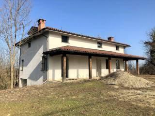 Foto - Terratetto unifamiliare via Braia, Serravalle Langhe