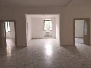 Foto - Appartamento da ristrutturare, primo piano, Corsi, Ancona