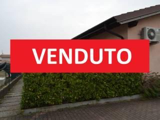 Foto - Bilocale via Giovanni da Verazzano 15, Chiodi II, Sirmione