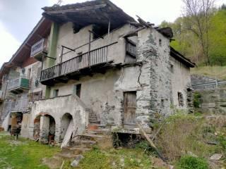 Foto - Quadrilocale Località Fagnan, Chez Croiset, Fénis