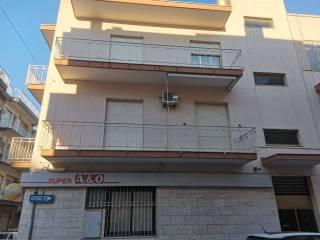 Foto - Appartamento via Giacomo Matteotti 1, Castellana, Castellana Grotte