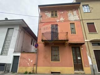 Foto - Rustico via Battista Gambaro 52, Romentino