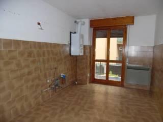 Foto - Trilocale buono stato, primo piano, Centro, Casteggio