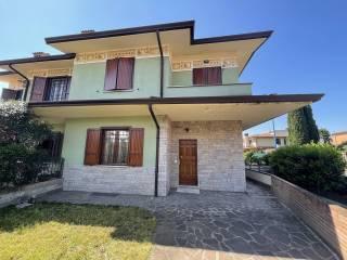 Foto - Villa bifamiliare via Parenzo, Chiesanuova, Brescia