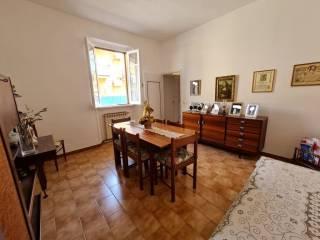 Foto - Trilocale via Zaccaria Betti 22, Falcognana, Roma