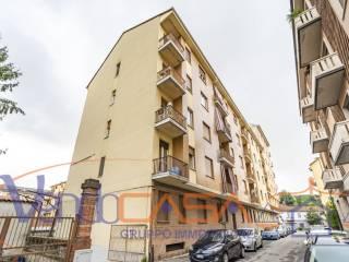 Foto - Trilocale via Duca d'Aosta 1, Corso Torino, Asti