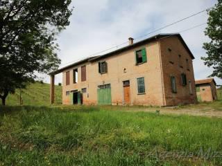 Foto - Casa colonica, da ristrutturare, 306 mq, Centro, Casalfiumanese