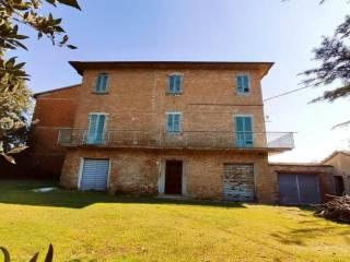 Foto - Casale, da ristrutturare, 330 mq, Centro, Foiano della Chiana