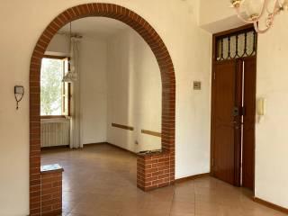 Foto - Appartamento buono stato, piano rialzato, Via Marco Perennio, Arezzo