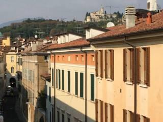 Foto - Quadrilocale via Aleardo Aleardi, Magenta - Arnaldo, Brescia