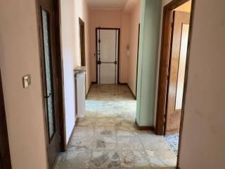 Foto - Trilocale buono stato, sesto piano, Piazza Genova, Alessandria