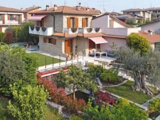 Foto - Villa bifamiliare via degli Olivi 83, Centro, Pozzolengo