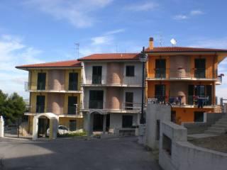 Foto - Villa a schiera 5 locali, nuova, Centro, Castorano