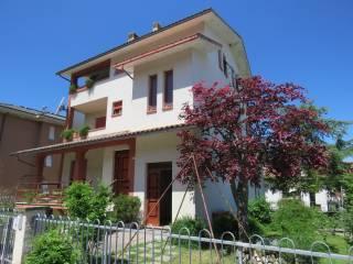 Foto - Villa bifamiliare via Giacomo Brodolini 26, Centro, Matelica