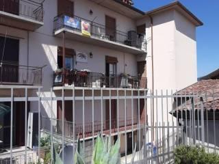 Foto - Trilocale via Vittoria 10, Centro, Nembro
