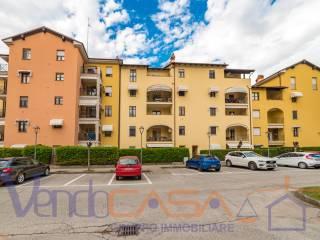 Foto - Quadrilocale piazza Rafaela 4, Centro, Fossano