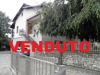 Foto - Villa bifamiliare via Camillo Benso di Cavour 1, Centro, Cambiago