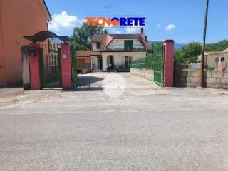 Foto - Terratetto unifamiliare 180 mq, buono stato, San Martino Valle Caudina
