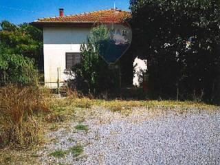 Foto - Terratetto unifamiliare 200 mq, da ristrutturare, Montecatini Val di Cecina