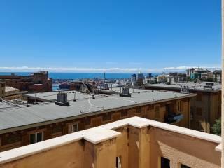 Foto - Trilocale via Napoli, Principe, Genova