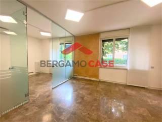 Immobile Vendita Bergamo  1 - Centro, Borgo Palazzo
