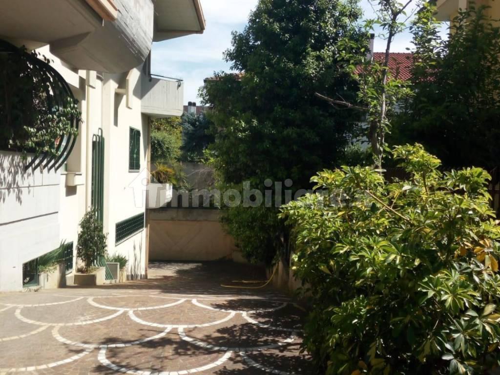 Verkauf Einfamilienvilla in via Giuseppe Melorio 8 Curti ...